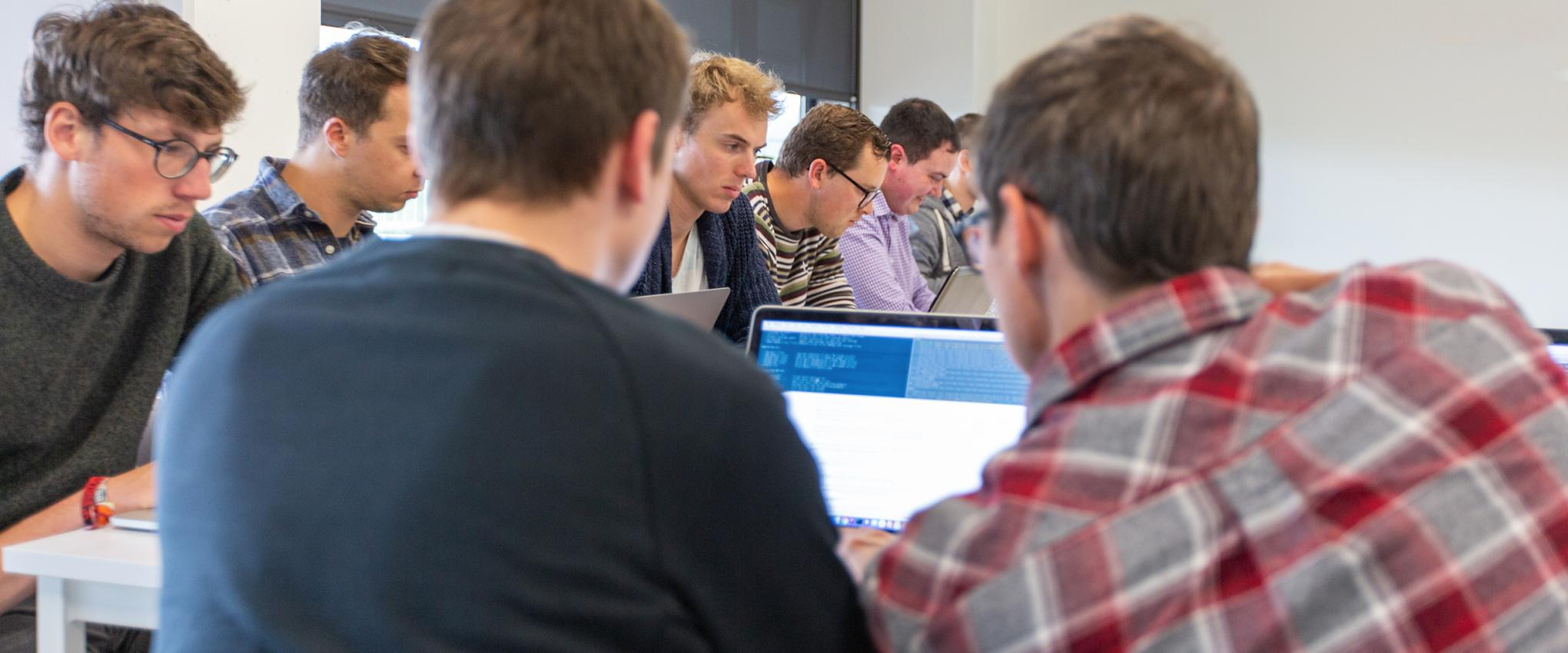 Developers doen Drupal-tests bij Intracto