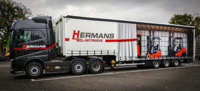 public://images/case-hermans-heftrucks-trailer.jpg