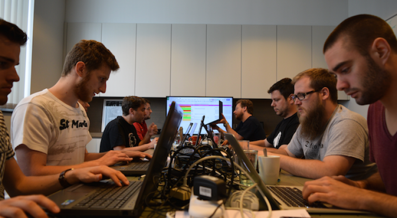 blog-inside_view_codesprint_drupalcamp_ghent_2014_intracto-search api codesprint intracto